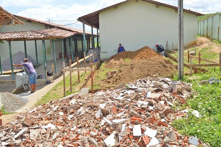 reforma-escola_maria_emilia_vasconcelos