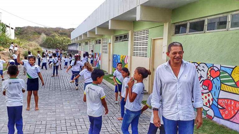reforma_escolas_emilia_dutra_e_emilia_vasconcelos