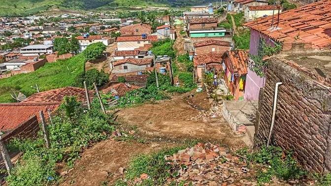 deslizamentos_de_barreiras_e_alagamentos