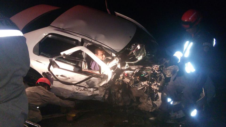 acidente_na_br-408_14-03-17