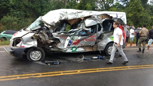 acidente_na_rodovia_pe-04