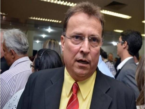 prefeito_demstenes_meira