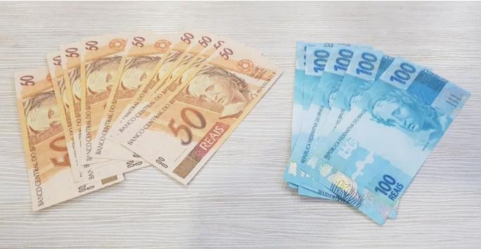 dinheiro_falso_nos_correios