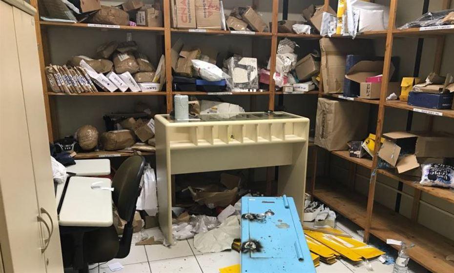 correios_arrombamento