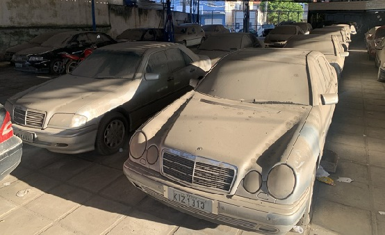 carros_antigos_colocados_a_venda