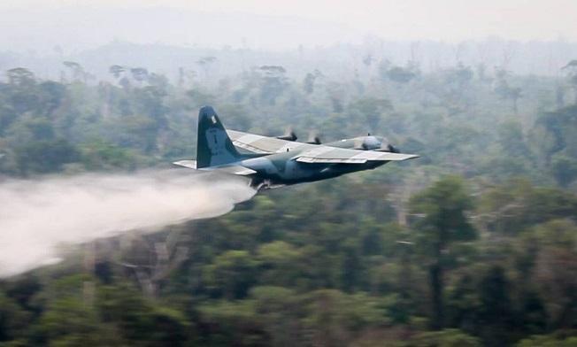 aviao-fab_c-130-hercules-no-combate-aos-incendios