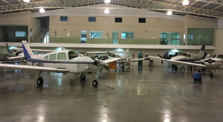 aviao_hangar_aeronaves
