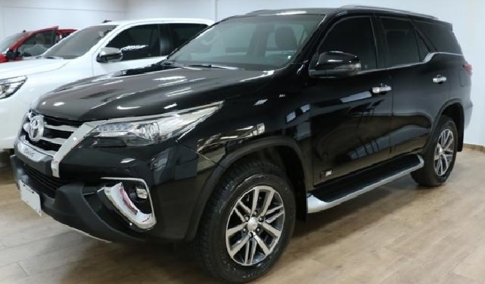 veiculo_toyota_hilux_sw4
