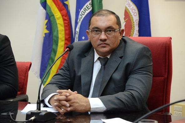 procurador-geral_de_justica_francisco_dirceu