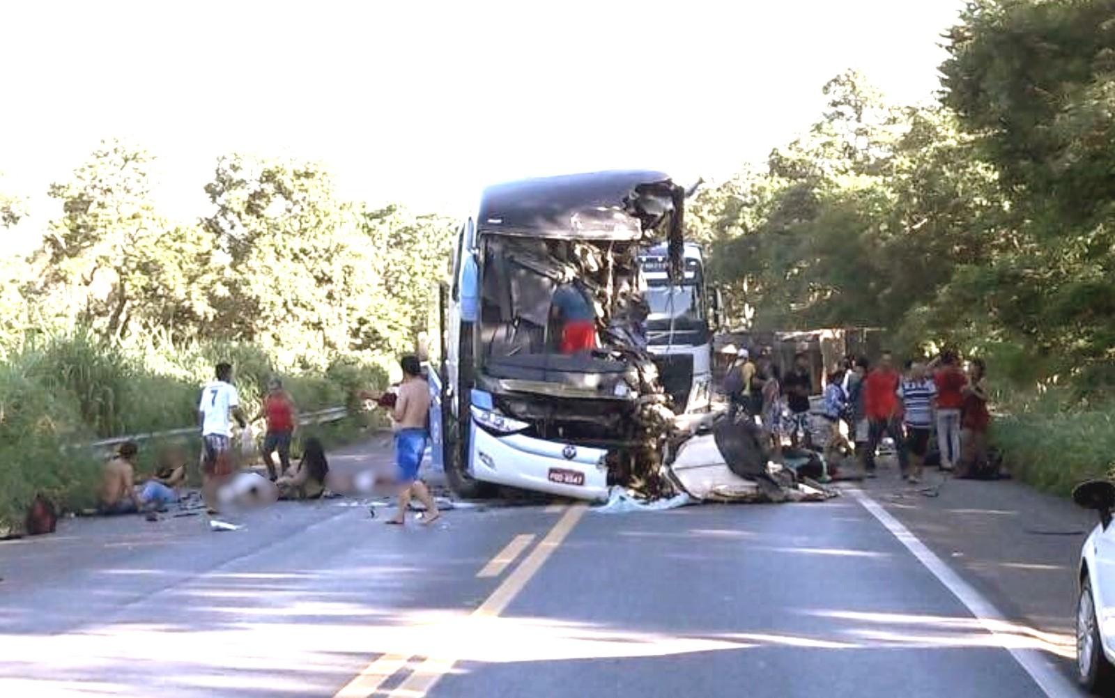 acidente-onibus-formosa_goias