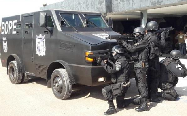 policia_caveirao-1