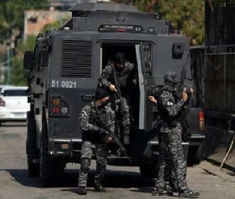 policia_caveirao