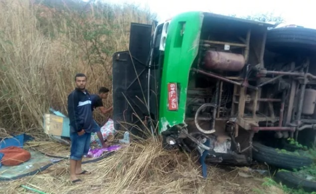 acidente_com_romeiros