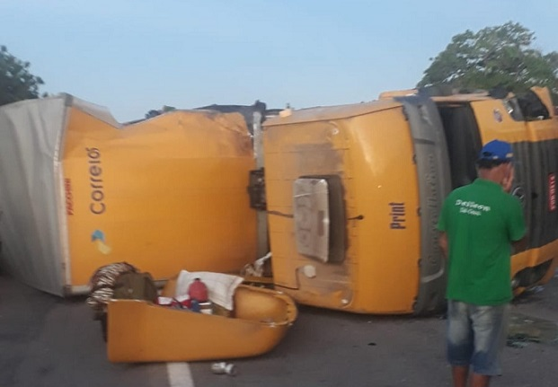 correios_acidente-br-116