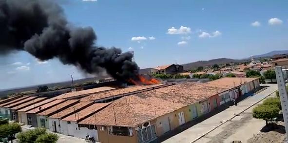 boa_ventura-prefeitura_em_chamas