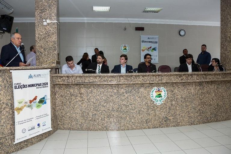 escola-legislativa_em_petrolina