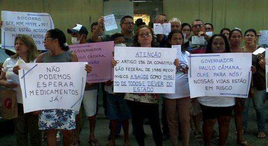 protesto_contra_falta_de_remedio