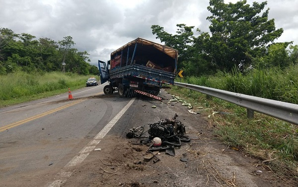 acidente_na_br-235