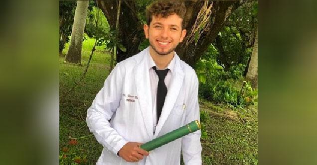 formatura_medico_20_anos