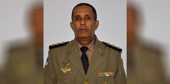 coronel_jose_roberto_santana-comandante_pm