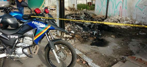 motos_da_pm_incendiadas__