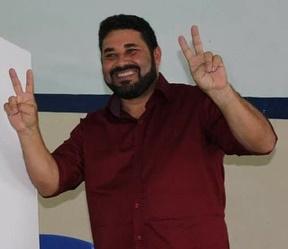 prefeito_helio_dos_terrenos